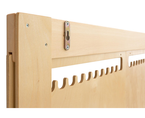 Holzwebrahmen fuer die Wand-2