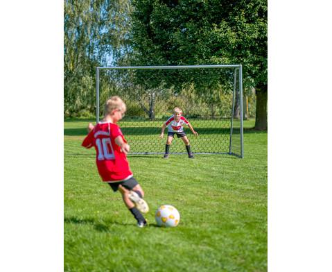 Schulhof-Fussball gelb-9