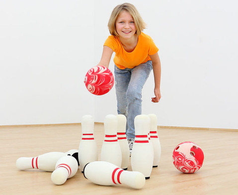 Soft-Bowling-3