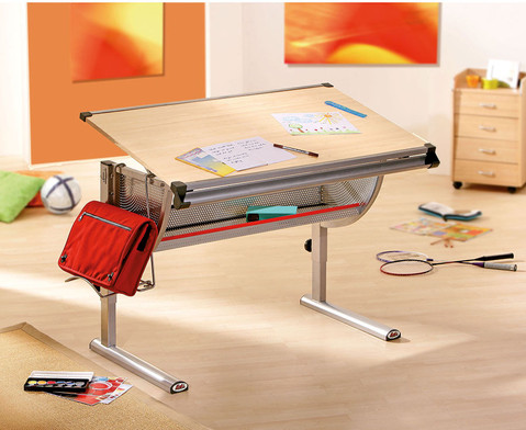Schueler-Schreibtisch-1