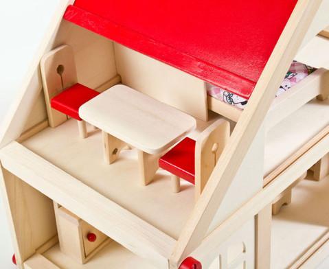 Puppenhaus mit Moebeln und Puppen-4