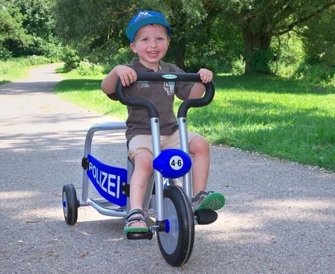 Dreirad-Polizei-2
