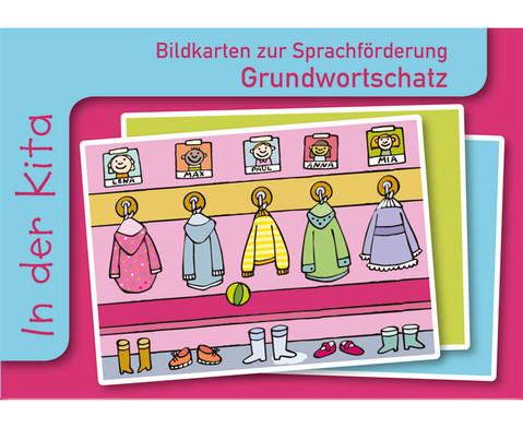 In der Kita Sprachfoerderung mit Bildkarten