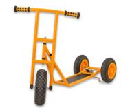 Roller, groß mit 3 Rädern