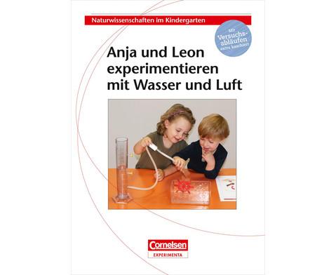 Anja und Leon experimentieren mit Wasser und Luft-3