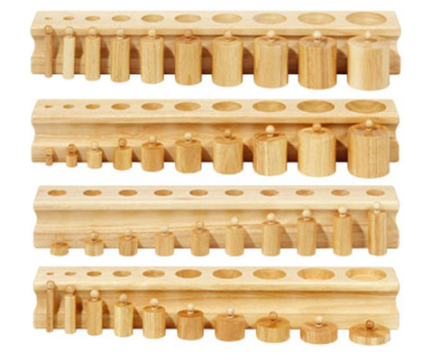 4 Bloecke mit Einsatz-Zylindern
