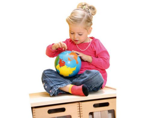 Globus mit Erdteilen in Farbe-4