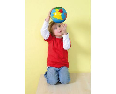Globus mit Erdteilen in Farbe-5