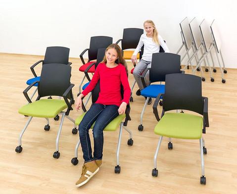 Fahrbarer Stuhl-19