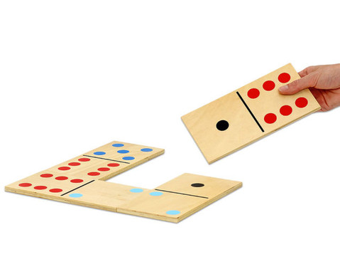 Holz-Domino im Grossformat-2