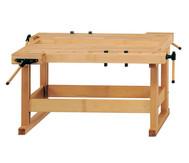 Werkbänke mit Holzgestell