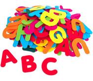 Filz-Buchstaben bunt, 150 Stück